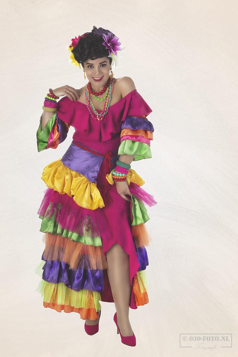 model Miss Cherry Latina